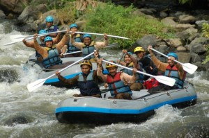 rafting, rafting kasembon, kasembon rafting, outbound rafting, outbound malang, outbound di malang, wisata malang